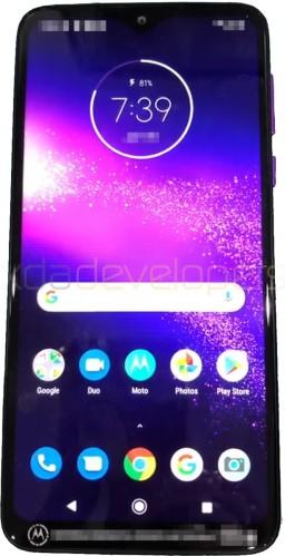 Motorola One Macro passe à travers Geekbench, surfaces d'images en direct