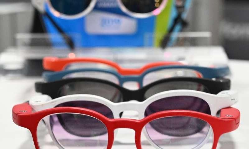 Les lunettes intelligentes Serenity de la startup française Ellcie Healthy sont présentées au Consumer Electronics Show 2020