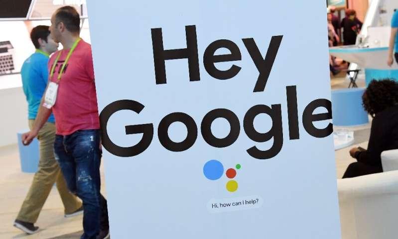 De plus en plus de gens utilisent des technologies à commande vocale comme Google Assistant pendant les verrouillages de virus