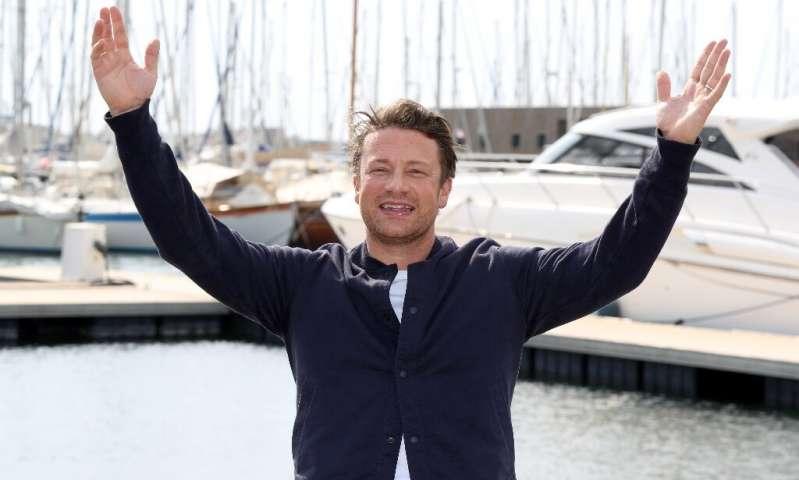 Le chef britannique et animateur de télévision Jamie Oliver a investi massivement dans la plate-forme, publiant quotidiennement de nouvelles recettes pour ses 8,3 millions d'abonnés