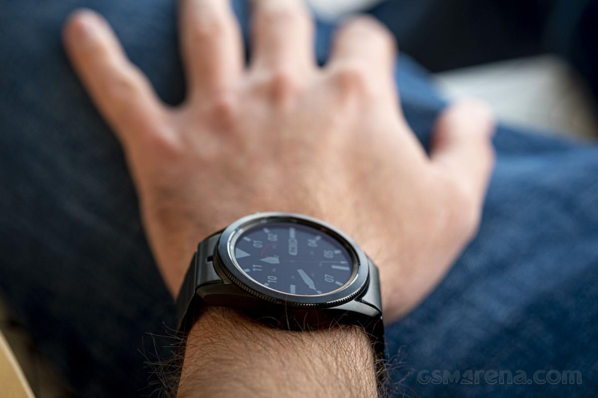 Samsung Galaxy Watch3 Titanium pratique