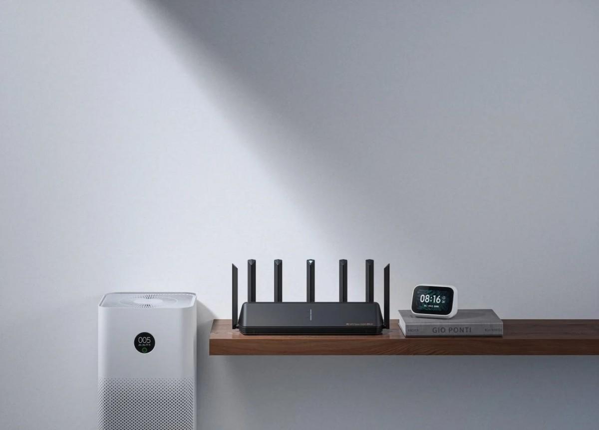 Xiaomi fait la démonstration de son routeur Wi-Fi 6E AX6000 en opposant le Xiaomi Mi 11 à l'iPhone 12 Pro Max