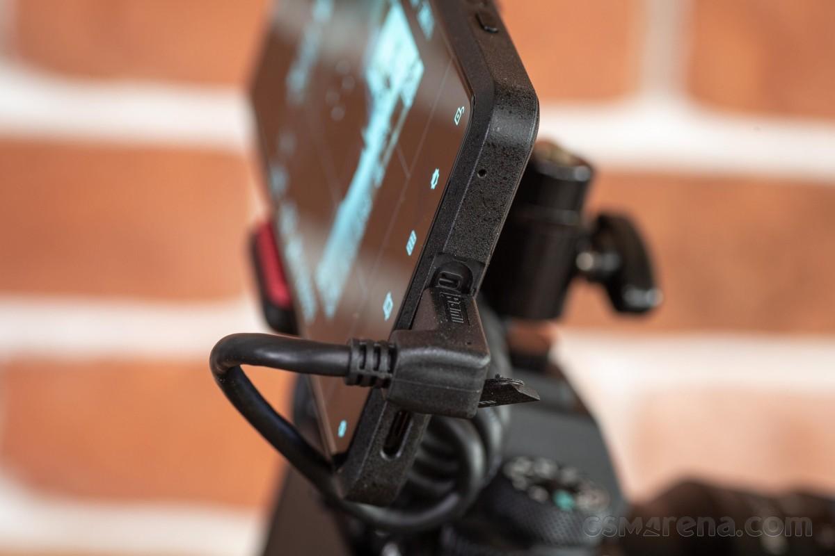Sony Xperia Pro pratique - vrai Pro ou tentative timide d'un concept?